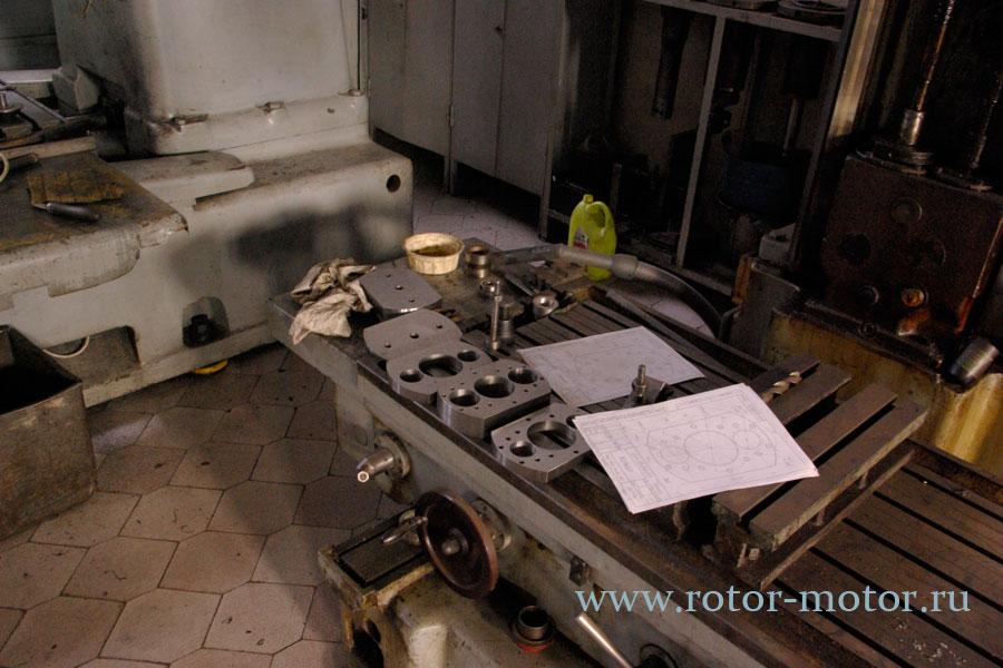 3 x мерная сборка двигателя: